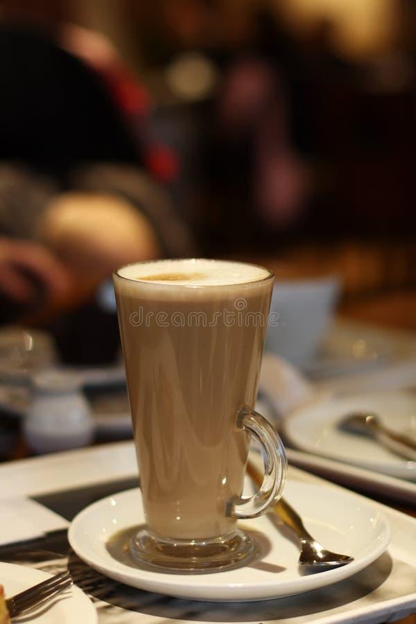 背景咖啡馆咖啡latte 免版税库存照片