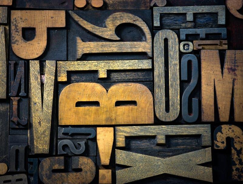 背景在木的葡萄酒上写字 免版税图库摄影