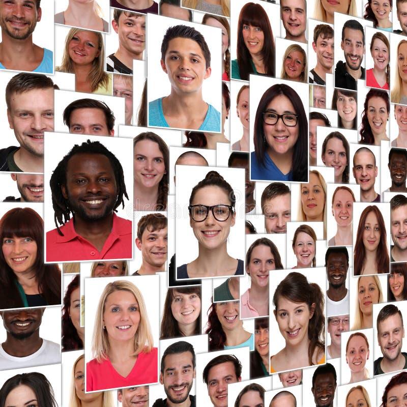 背景小组多种族年轻愉快的微笑的人integ 图库摄影