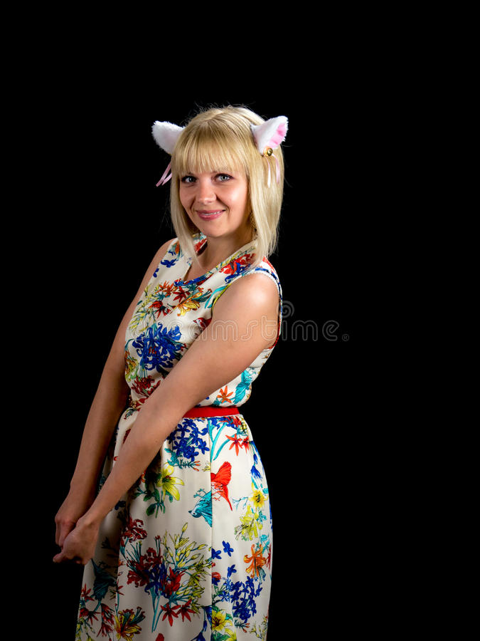 背景猫耳朵查出白人妇女 在黑色背景 免版税库存图片