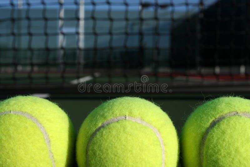 Download 背景球净网球三 库存图片. 图片 包括有 体育运动, 比赛, 休闲, 单个, 重新创建, 水平, 网球, 竞争 - 15689007