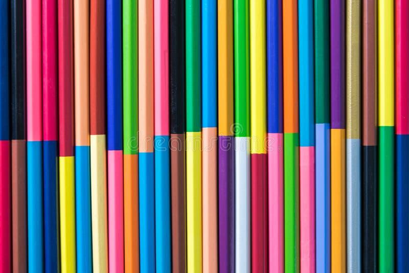 背景的颜色铅笔 库存图片