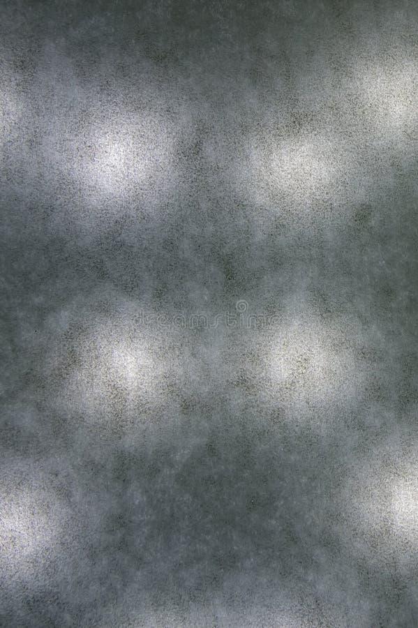 背景纹理,由后照的白皮书,散置了黑 免版税库存照片