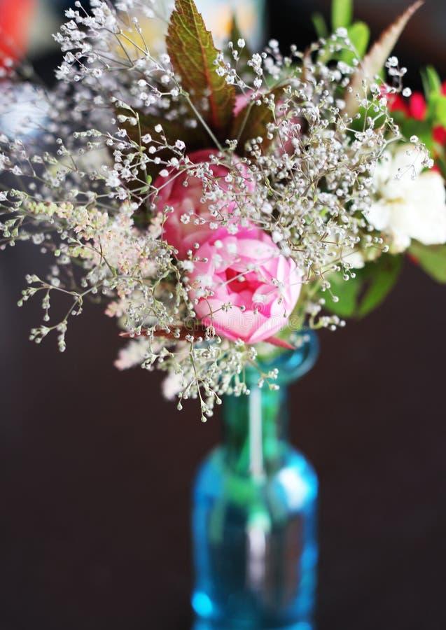 背景花束装饰例证春天 免版税库存照片