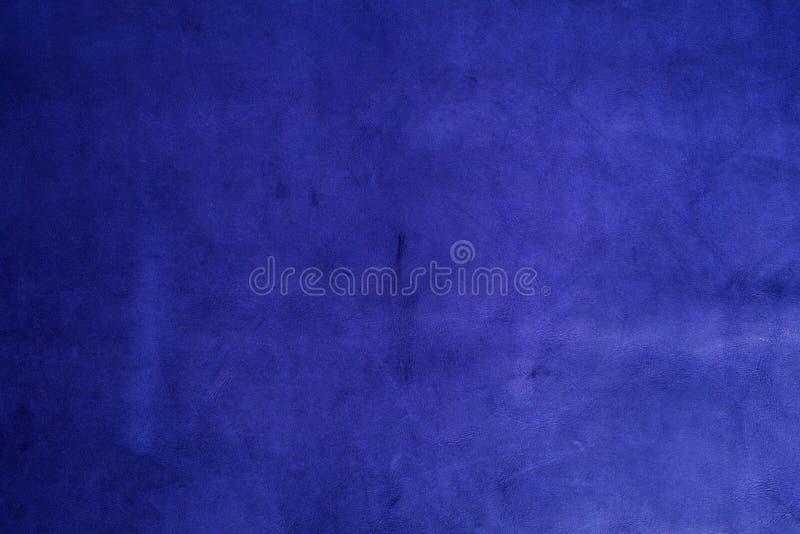 背景蓝色皮革自然纹理 图库摄影