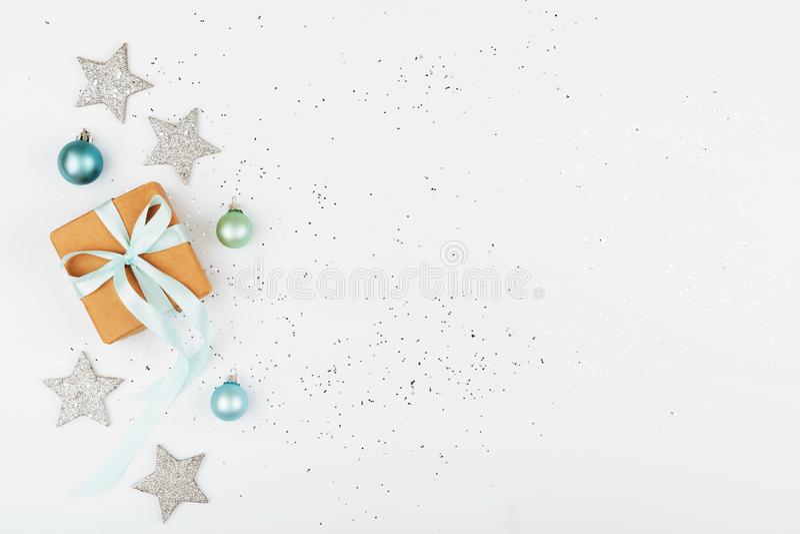 背景配件箱圣诞节礼品白色 免版税图库摄影