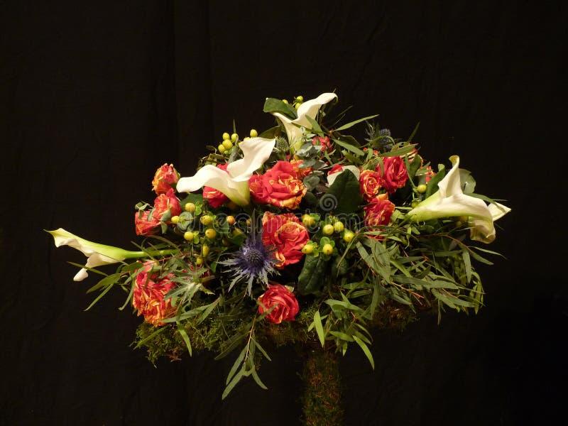 背景黑色花卉画 图库摄影