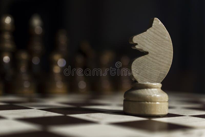 背景黑色棋 库存图片