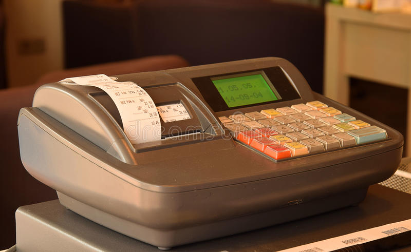 背景黑色现金剪报查出路径寄存器 免版税库存图片