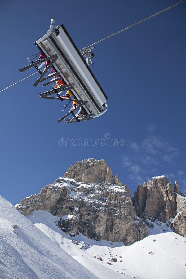 背景bormio意大利推力山滑雪 库存照片