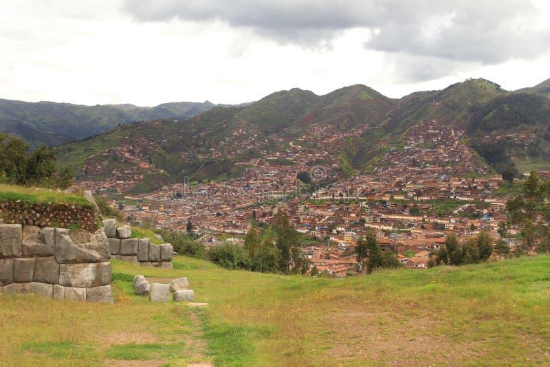 背景cuzco印加人城镇墙壁 免版税库存照片
