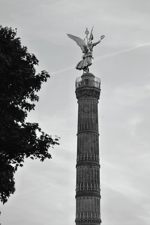 胜利专栏Siegessäule,柏林,德国德国一个图解后面看法  免版税库存图片