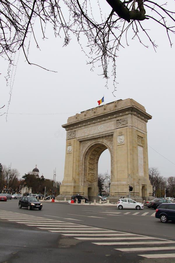 胜利曲拱,在布加勒斯特,罗马尼亚 免版税库存照片