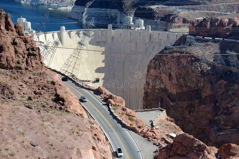 胡佛水坝,位于内华达和亚利桑那边界的一个巨型的水力发电的工程学地标 免版税库存照片