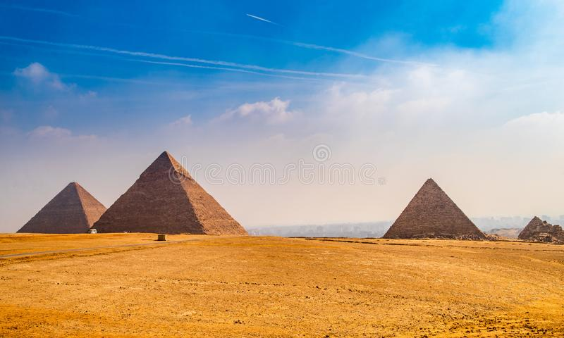胡夫金字塔在埃及 免版税库存图片