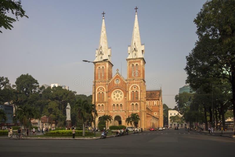 胡志明市, VIETNAM-NOV第3 :Notre Dame沐浴的Bailica  免版税图库摄影