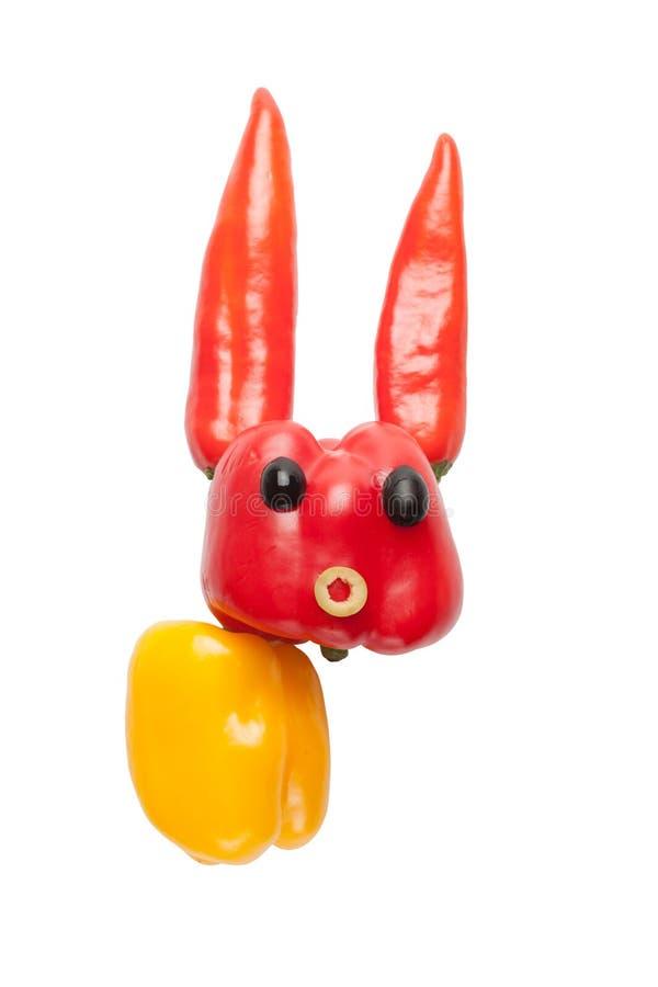 胡椒和橄榄滑稽的兔子  免版税库存图片
