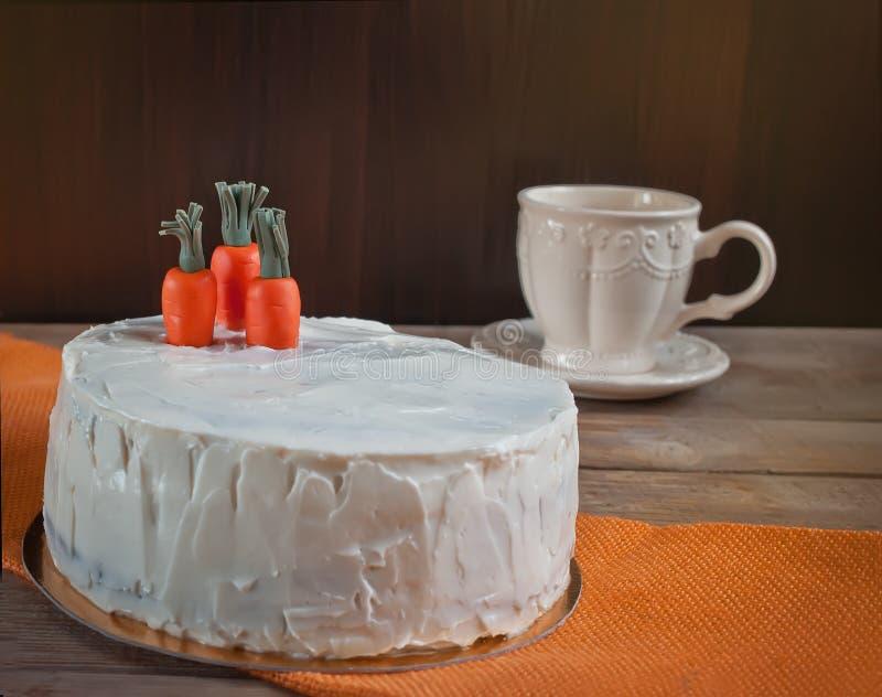 Download 胡萝卜糕 库存图片. 图片 包括有 牛奶, 装饰, 点心, 自创, 烘烤, 饮料, 美食, 烹调, 咖啡 - 59112361