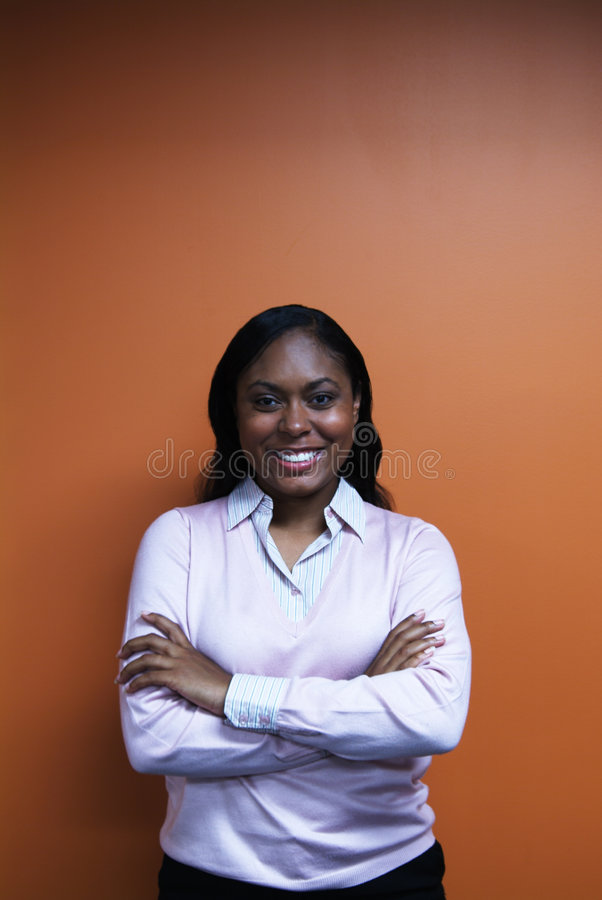 Download 胳膊克服妇女年轻人 库存图片. 图片 包括有 妇女, 二十, 分集, 毛线衣, 微笑, 商业, 克服, 目录 - 300705
