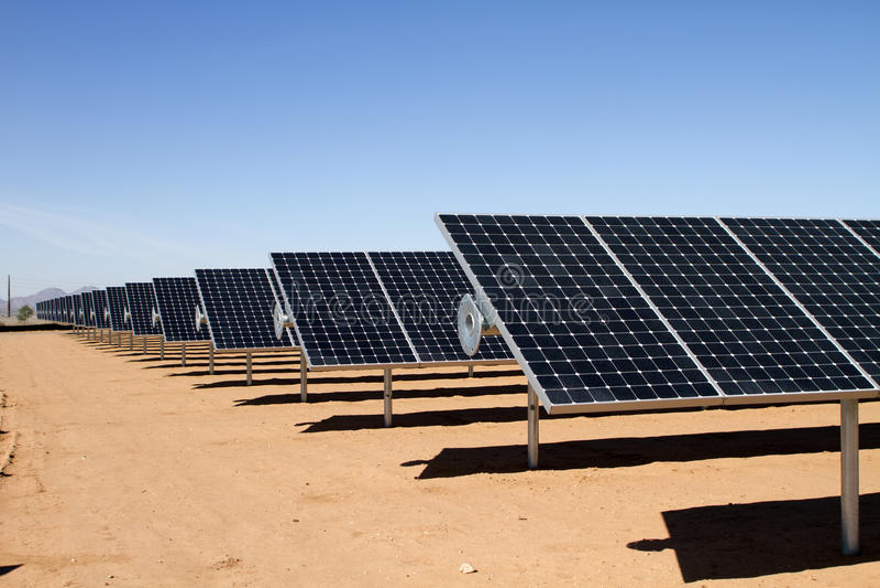 能源农厂太阳面板的次幂 库存照片