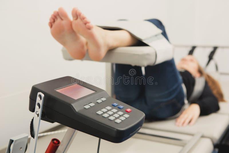 脊髓解压疗法 免版税库存照片
