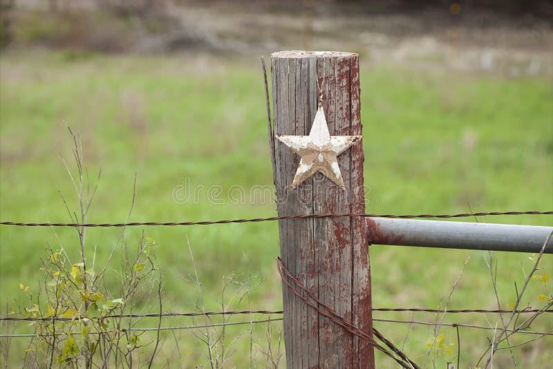 脏的星选择聚焦视图在老篱芭岗位的在得克萨斯 免版税库存照片