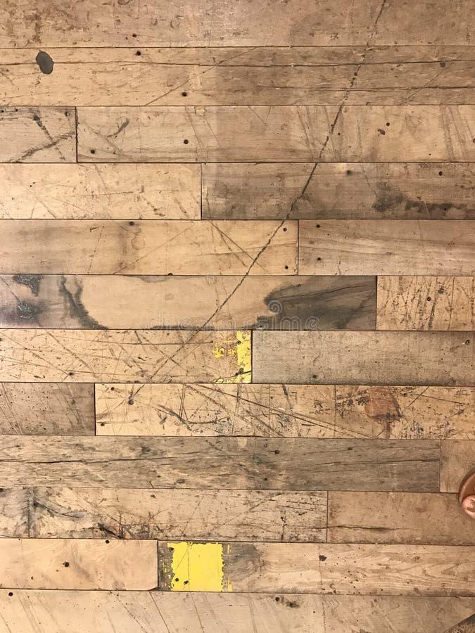 脏的织地不很细木地板 库存图片