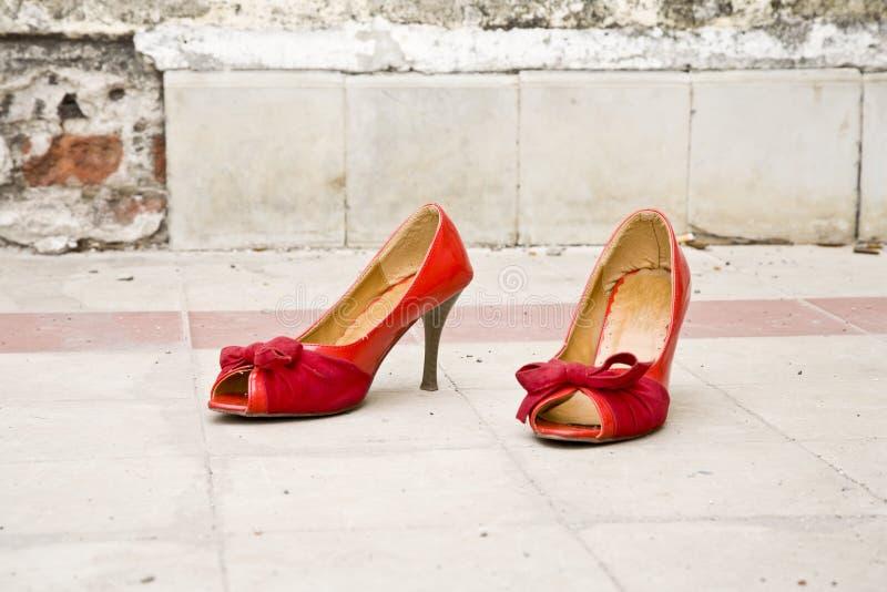 脚跟高鞋子 图库摄影