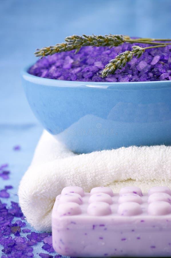 腌制槽用食盐肥皂毛巾 库存图片