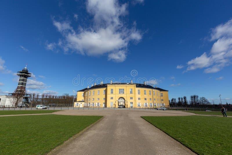 腓特烈斯贝宫殿在一好日子 免版税库存图片