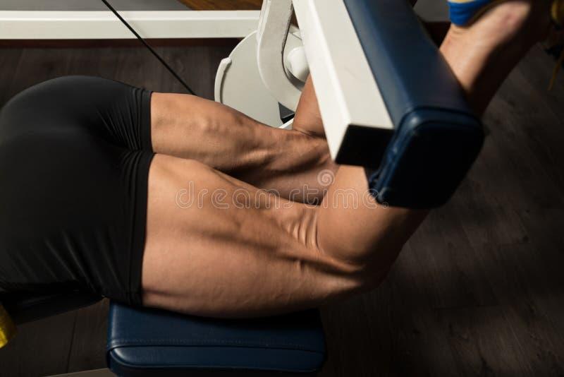 腿腿筋的锻炼 库存图片