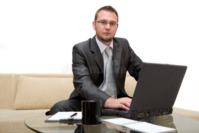 膝上型计算机人 库存照片