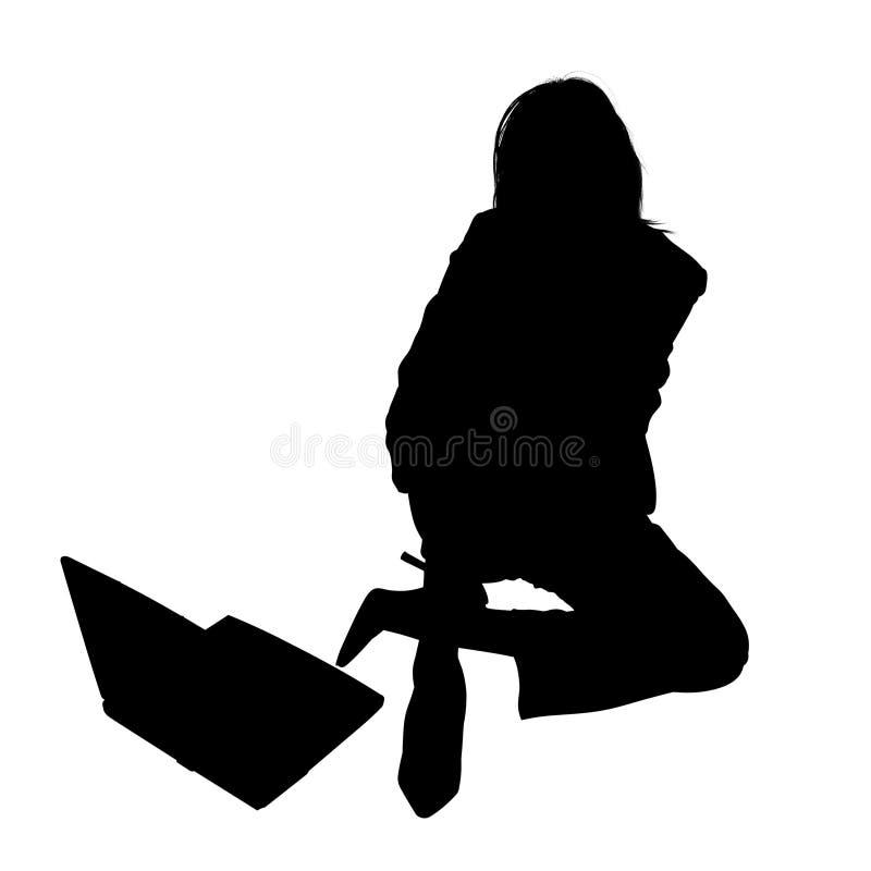 膝上型计算机剪影妇女 向量例证