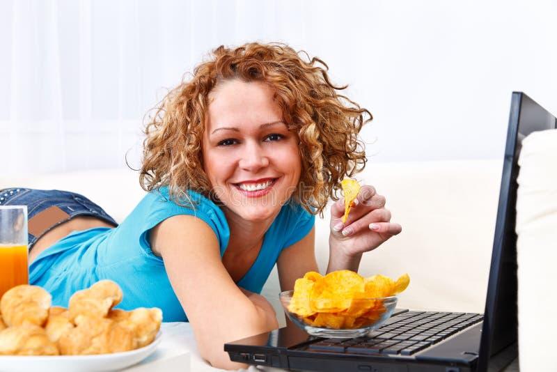 膝上型计算机快餐 免版税库存图片