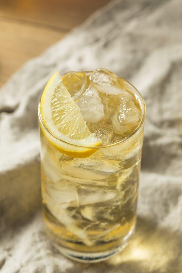 自创七和七威士忌酒HIghball 免版税库存图片