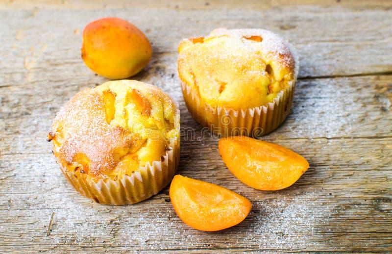 自创杏子松饼用果子 免版税图库摄影