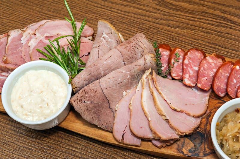 自创熏制的肉 免版税库存图片