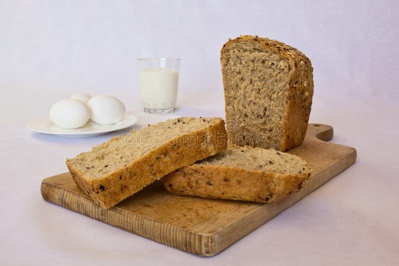 自创白色大面包 免版税库存照片