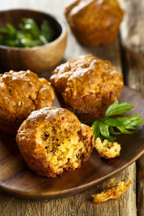 自创美味松饼用乳酪和辣椒粉 库存图片