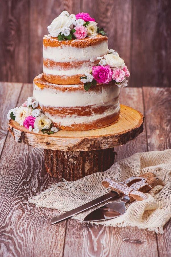 自创蛋糕和服务集合 免版税库存图片