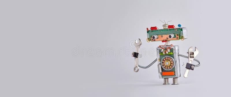 自动化维护机器人服务工作概念 加里背景上的手扳手可调扳手机械手 图库摄影