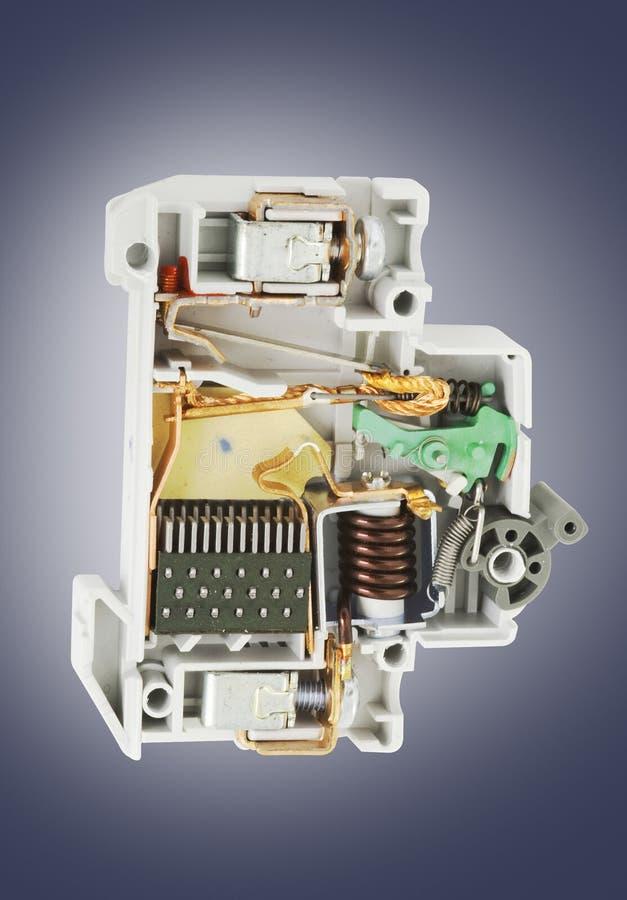 自动破碎机电路横剖面 免版税库存照片
