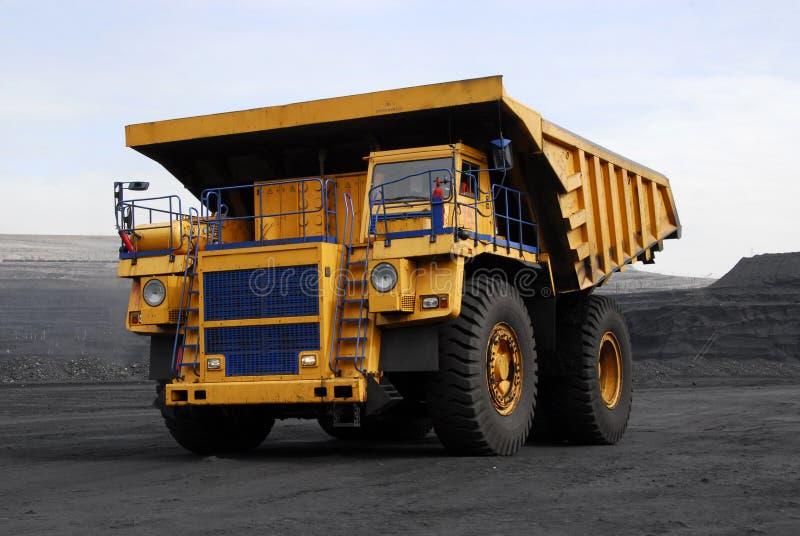 自动转储机体卡车 免版税库存照片