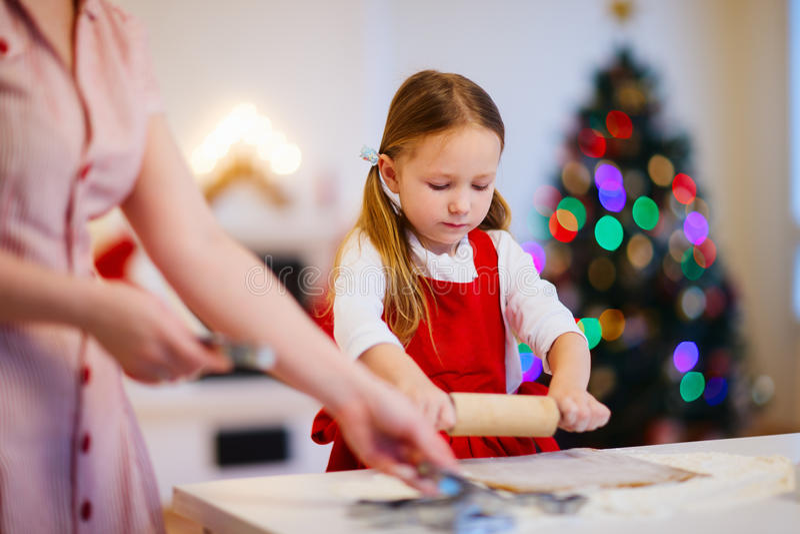 自圣诞前夕的家庭烘烤 库存照片