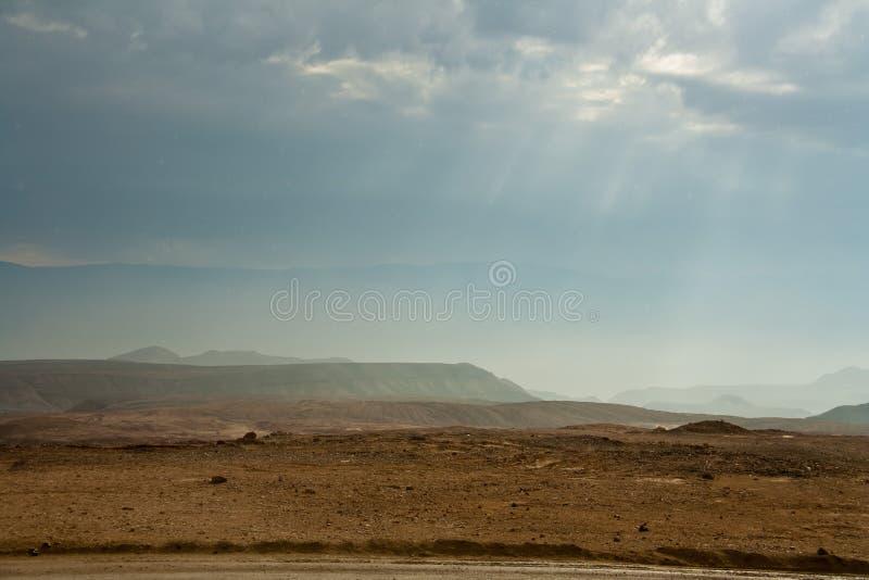 自然在死海沙漠  免版税库存图片