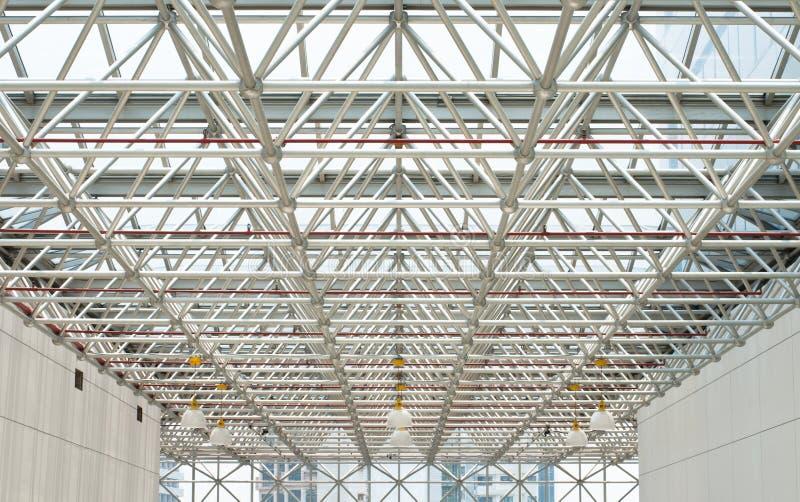 自然大厦的照明设备 免版税库存照片