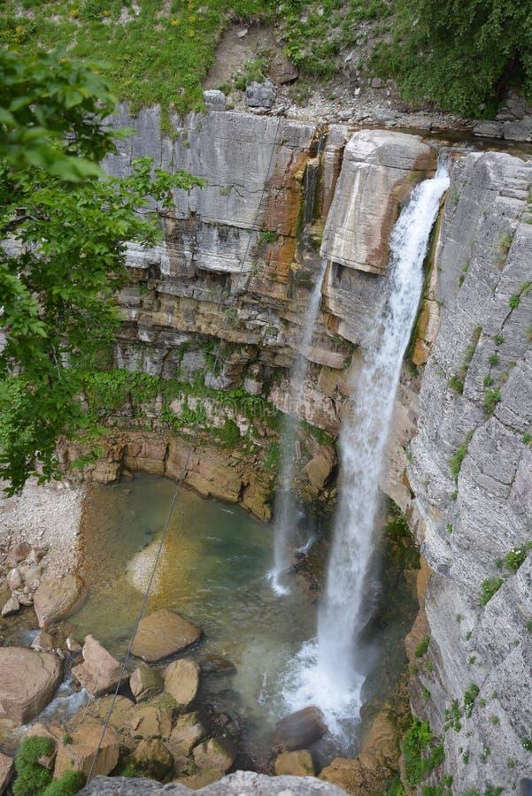 自然 美好的waterfull在乔治亚, Kinchha 免版税库存照片