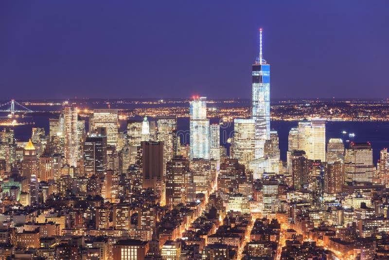 自由塔和街市曼哈顿地平线 库存照片