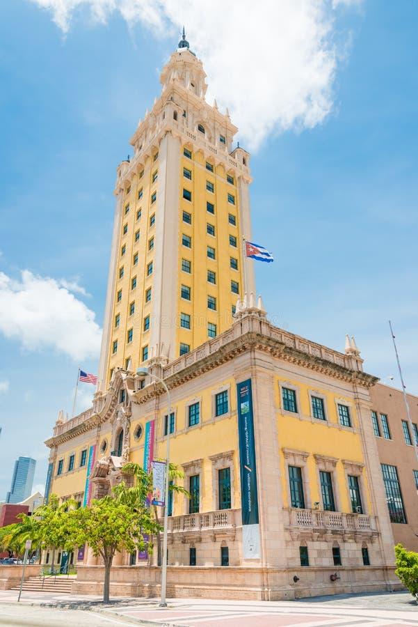 自由塔在街市迈阿密 免版税图库摄影