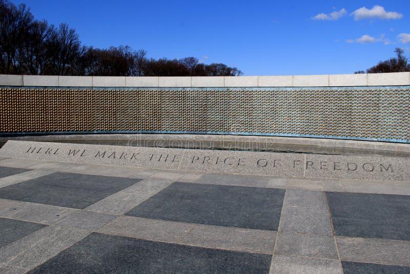 自由墙壁的图象,有担任主角以记念生活失去的数千的金子, WWII纪念品,华盛顿特区, 2015年 图库摄影